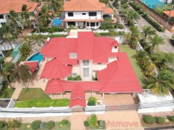 4 Bed House For Sale-Rent East Pattaya - Paradise Villa 1