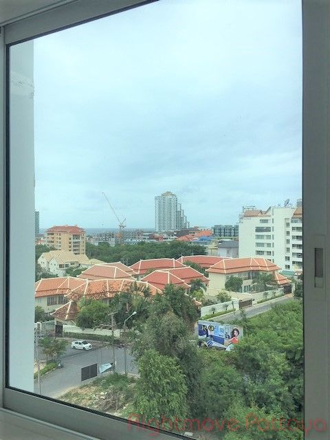 art on the hill Condominiums for sale in Pratumnak Pattaya