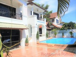 4 Bed House For Rent East Pattaya - Central Park 4