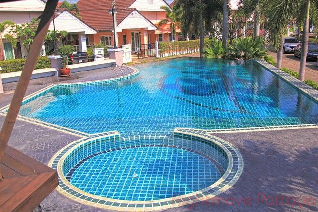 ruen pisa house for sale in East Pattaya