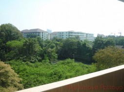 Studio Condo For Sale Wongamat - AD Condo