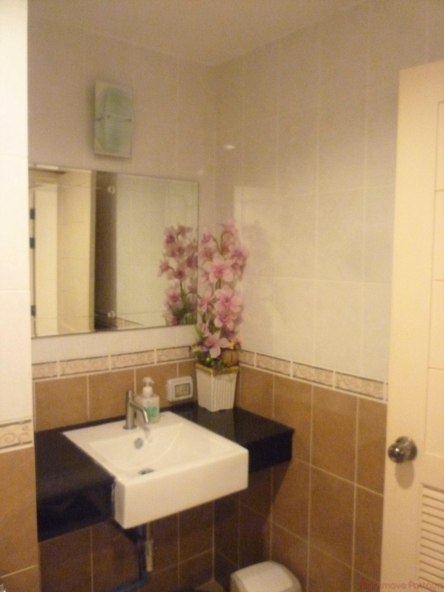 pic-6-Rightmove Pattaya Porchland 2 Jomtien Resort Condominiums for sale in Jomtien Pattaya