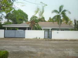 4 Bed House For Sale Ban Amphur - Not In A Village