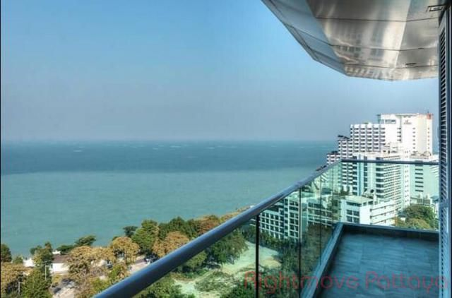 cosy beach view  Condominiums for sale in Pratumnak Pattaya