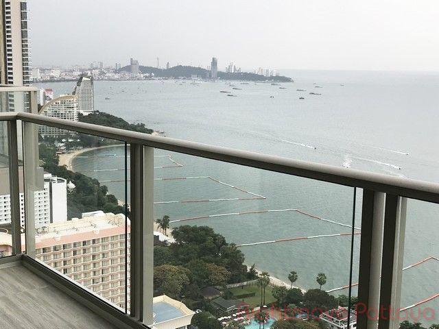 zire beachfront condominium for rent in wongamat   to rent in Wong Amat Pattaya