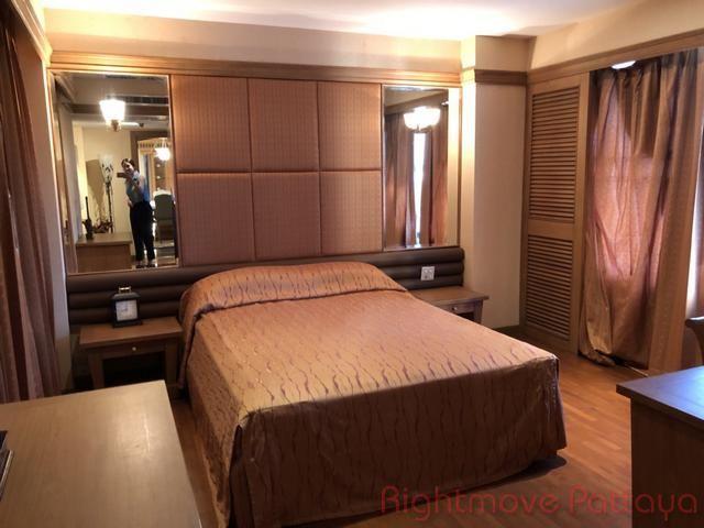 pic-12-Rightmove Pattaya Royal Cliff Condo  販売 で Pratumnak パタヤ