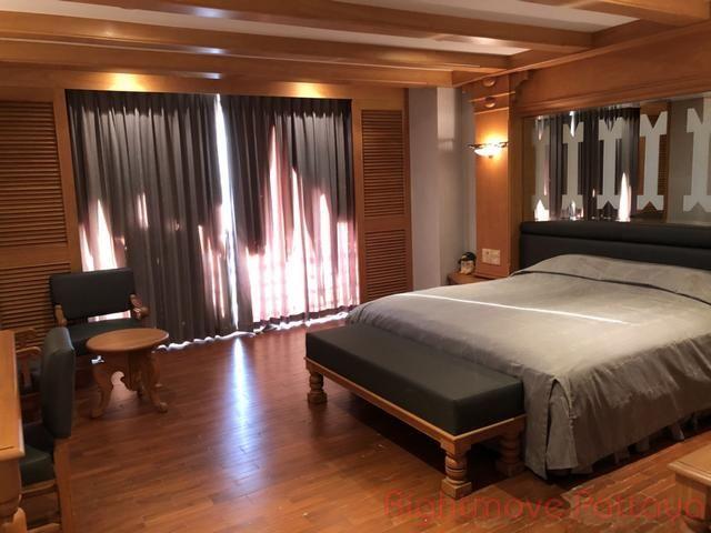 pic-14-Rightmove Pattaya Royal Cliff Condo  販売 で Pratumnak パタヤ
