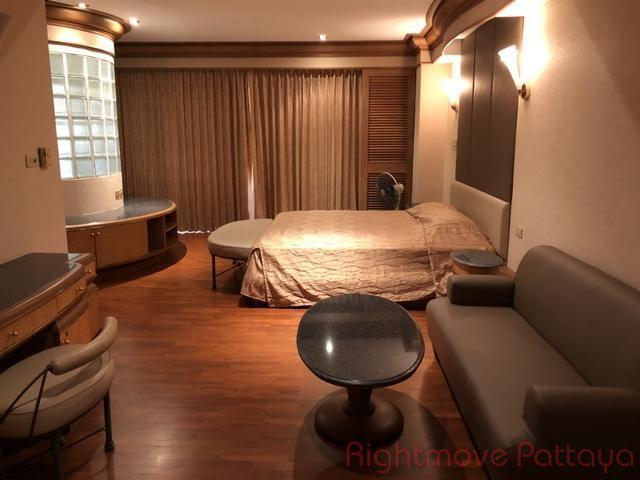 pic-3-Rightmove Pattaya Royal Cliff Condo  販売 で Pratumnak パタヤ