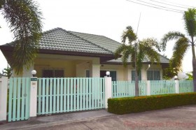3 Beds House For Rent In East Pattaya - Greenfield Villas 3
