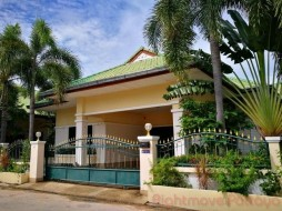 3 Beds House For Rent In East Pattaya - Ponthep Garden 3/1