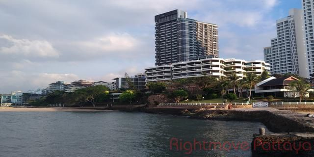 garden cliff  Condominiums te koop In Wong Amat Pattaya