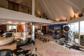 4 Beds Condo For Sale In Naklua - Baan Rimpha Condo