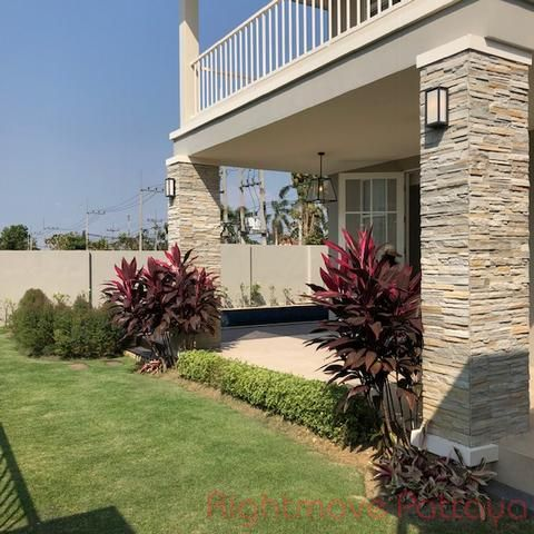 horseshoe point house for sale in East Pattaya