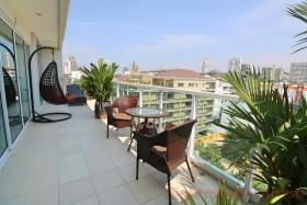 2 Bed Condo For Sale In Pratumnak - Siam Orietal Garden