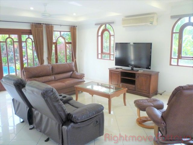 Whispering Palms house for sale in East Pattaya