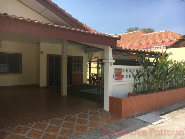 pattaya wadee house for sale in East Pattaya