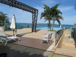 2 Bed Condo For Sale In Wongamat - Laguna Heights