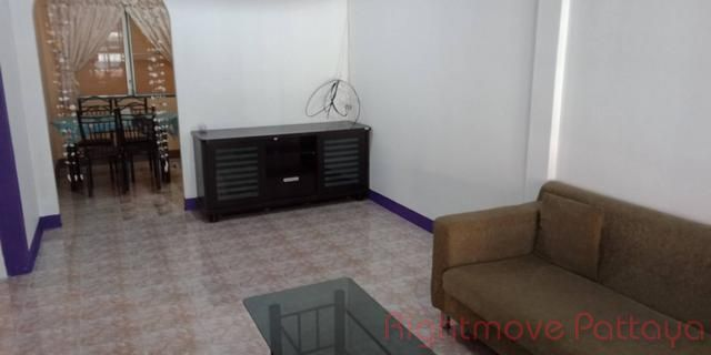 eakmongkol 4/2 house for sale in East Pattaya