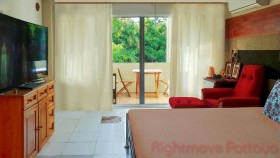 2 Beds Condo For Sale In Wongamat - AD Condo