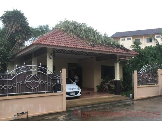 pattaya hill 2 house for sale in East Pattaya