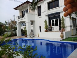 3 Beds House For Rent In East Pattaya - Central Park 5