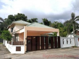 3 Bed House For Rent In East Pattaya - Siam Place