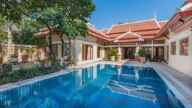 3 Beds House For Sale In Pratumnak