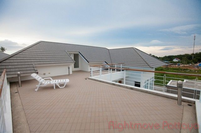 Baan Talay house for sale in Pattaya