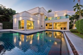 5 Beds House For Rent In East Pattaya - The Vineyards 1