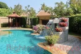 3 Bed House For Rent In Jomtien - Jomtien Park Villas
