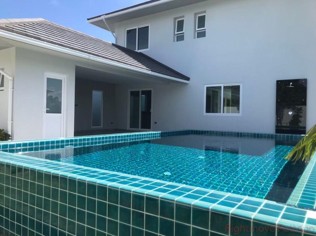 greedfiels villa 6 house for sale in East Pattaya