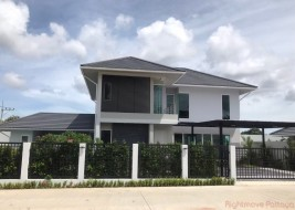 4 Beds House For Rent In East Pattaya - Greenfield Villas 6