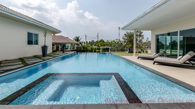 house for sale in mabprachan maison pour la vente dans les East Pattaya