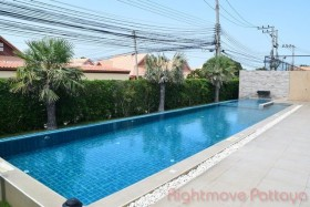 3 Beds House For Sale And Rent In East Pattaya - The Ville