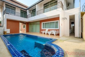 4 Beds House For Sale In Jomtien - TW Palm Resort