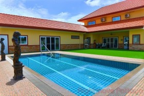 4 Bed House For Sale In East Pattaya - Miami Villas