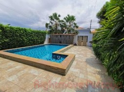4 Bed House For Sale In Central Pattaya - Pattaya Lagoon