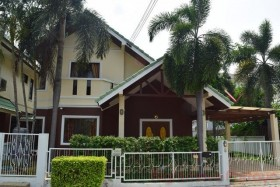 3 Beds House For Rent In East Pattaya - Siam Place