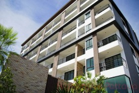 1 Bed Condo For Sale In South Pattaya - De Blue 2