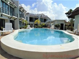 2 Beds House For Sale In Phoenix - Sunrise Villa Resort
