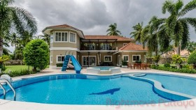 5 Beds House For Sale In East Pattaya - ST.JAMES PARK