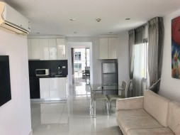 2 Beds Condo For Sale In Pratumnak - Park Royal 3