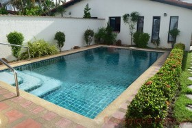 3 Bed House For Sale And Rent In East Pattaya - Mabrachan Garden