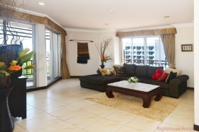 2 Bed Condo For Sale In Central Pattaya - Center Point Condo