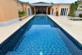 4 Bed House For Sale In East Pattaya - Siam Royal View