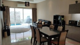 3 Bed House For Sale In East Pattaya - The Ville