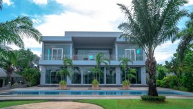 5 Bed House For Sale In East Pattaya - Not In A Village