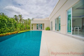 3 Beds House For Sale In East Pattaya - The Vineyards 3