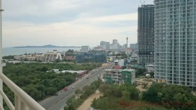 2 Beds Condo For Sale In Jomtien - Jomtien Beach Condo (Rimhad)