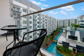 2 Beds Condo For Sale And Rent In South Pattaya - Arcadia Beach Resort